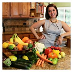 My Food Sensitivity Story. Read my story about struggling with IBS and see why I have a passion for helping others with IBS, autoimmune disease and digestive distress | www.feelgoodrd.com