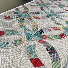 Working on this gorgeous quilt for @marystohr the pattern is by @sewkindofwonderfuljenny