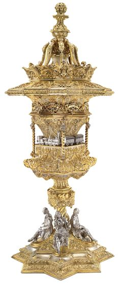 A LARGE PARCEL-GILT SILVER STANDING CUP AND COVER, MAYERHOFER & KLINKOSCH, VIENNA, 1844.