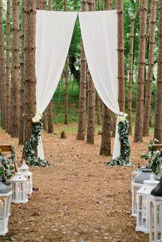 24 Ideas Of Budget Rustic Wedding Decorations ❤ See more: http://www.weddingforward.com/budget-rustic-wedding-decorations/ #weddings