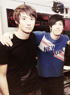 300 followers! I shall spam you with Dan and Phil to say thank you!
