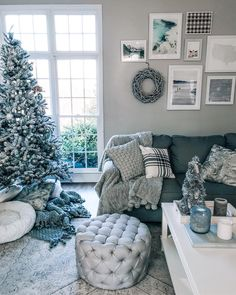 Repose gray in living room, holiday decor, Repose Grey by Sherwin Williams, flocked tree, gallery wall, cozy living room, @shelbslv