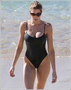Seymore bikini blog