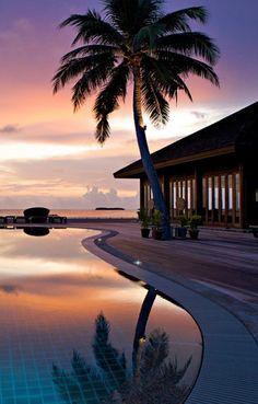 Hawaii vacation rental website...... Someday soon!!!!!!!!!!!!!!