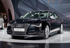 2013 Audi S8