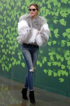 Ideas moda invierno 2019 tendencias abrigos for 2020 Paris Outfits, Mode Outfits, Winter Outfits, Stylish Outfits, Super Moda, Estilo Olivia Palermo, Olivia Palermo Winter Style, Olivia Palermo Fur, Olivia Palermo Street Style