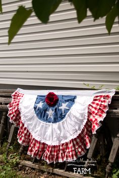 Vintage Half Round American Flag Bunting - Patriotic Americana of July Banner - Farmhouse Country Chic Decor - Red Check & Lace- W x L now available in my Etsy Shop American Flag Bunting, Patriotic Bunting, Patriotic Crafts, July Crafts, Holiday Crafts, Americana Crafts, Patriotic Party, Holiday Decor, Fourth Of July Decor
