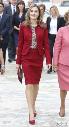 La Reina Letizia en su primer viaje oficial a Portugal en solitario como Reina de España