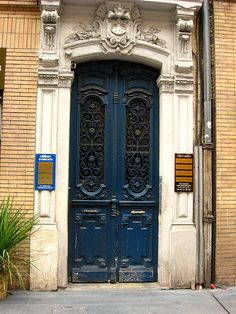 Door, Toulouse, France