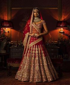 Get yourself dressed up with the latest lehenga designs online. Explore the collection that HappyShappy have. Select your favourite from the wide range of lehenga designs Designer Bridal Lehenga, Latest Bridal Lehenga, Wedding Lehenga Designs, Bridal Lehenga Online, Sabyasachi Designer, Wedding Lehanga, Indian Lehenga, Sabyasachi Lehenga Bridal, Lehenga Choli