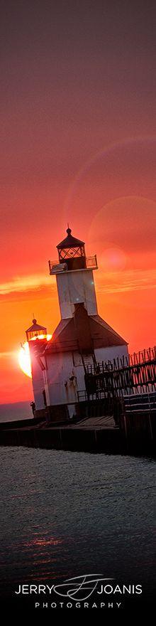 Lighthouse at Sunset • St. Joseph, Michigan - photo: Jerry Joanis Montauk Lighthouse, Lighthouse Pictures, Michigan Usa, Live In Style, Light Of The World, Light House, St Joseph, Windmills, Sailboats