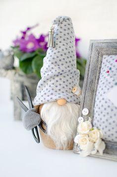 Stuffed Dolls, Diy Art, Gnomes, Christmas Time, Scandinavian, Etsy Seller, Crochet Hats, Farmhouse, Craft Ideas