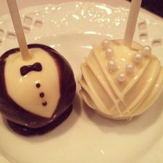 Baker Girl NYC on Facebook TheNewYorkCakepopery On ETSY cake pops  New York - Nationwide delivery Engagement bridal shower wedding