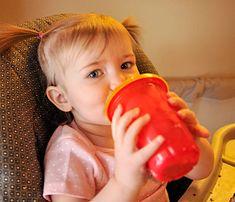 Dê ao seu filho sempre suco da fruta! Foto: Senior Airman Mary O'Dell/U.S. Air Force/Commons.wikimedia.org Vegetables, Brown Sugar, Saying No, Juice, Fruit, Beverages, Vegetable Recipes, Veggies