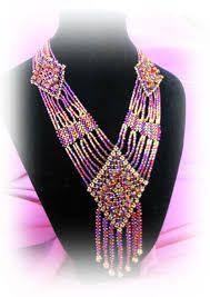 Картинки по запросу плетение бисером схемы колье Paper Bead Jewelry, Paper Beads, Beaded Jewelry Patterns, Beaded Jewellery, Beaded Cross, Beaded Ornaments, Bead Art, Bead Weaving, Creations