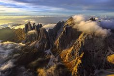 Wuthering Heights - Odle Dolomites by Roberto Moiola Sysaworld on YouPic Landscape Photography, Nature Photography, Travel Photography, Photography Tips, Indoor Outdoor, Wuthering Heights, Wild Nature, Aerial View, Beautiful Places