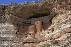 Montezuma Castle National Monument protects a set of well-preserved Ancestral Puebloan cliff dwellings near the town of Camp Verde, Arizona, United States. The dwellings were built and used by the Sinagua people, a pre-Columbian culture closely related to the Hohokam and other indigenous peoples of the southwestern United States,[4] between approximately 1100 and 1425 AD. The main structure comprises five stories and twenty rooms, and was built over the course of three centuries.[5]