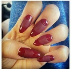 Zendaya's nails - tips by esNAIL