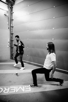 #MaroonVTour Amsterdam Adam Levine and James Valentine getting ready for the show