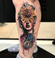 Tatuagem criada por Berklein Tattoo.  #tattoo #tatuagem #art #arte #colorida #colorful #flor #mulher