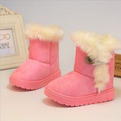 2017 Nouveaux Enfants D hiver Bottes de Neige Chaud Épais Coton Rembourré  Enfants Chaussures Slip ce526cc61def
