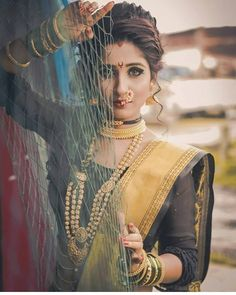 hairstyle for women Bridal Hairstyle Indian Wedding, Indian Wedding Bride, Indian Bridal Hairstyles, Saree Wedding, Wedding Party Dresses, Indian Wedding Couple Photography, Girl Photography Poses, Marathi Bride, Marathi Nath