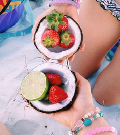Happy Saturday 〰 Coconuts and berries on the beach   nothing sweeter