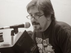 Mario Capasso, biblioteca - Jorge Consiglio