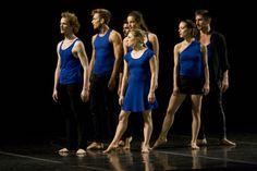 """Se presentó en el Teatro Esperanza Iris la más reciente coreografía de Thierry Smits """"Clear Tears/Troubled Waters"""", con la participación de Thor Danse Campagne. Foto: Abril Cabrera A."""