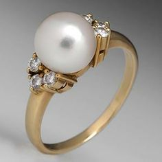 I could stare at that pearl the whole day! Mikimoto Pearl Ring w/ Diamond Accents 18K Gold