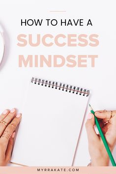 Discover how you can have a success mindset and why the right mindset is vital for business success! Listen to this podcast episode and get my free journal prompts for mindset! Mindset Quotes, Success Mindset, Positive Mindset, Growth Mindset, Change Mindset, Business Coach, Business Tips, Online Business, Strategy Business