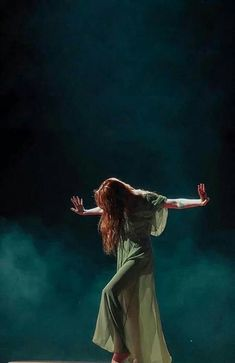 Florence Welch (of Florence + the Machine) ❂ heroinchiq curated by kay ruhe est. Florence And The Machine, Florence The Machines, Stevie Nicks, Pentatonix, Kari Jobe, Fleetwood Mac, Sara Bareilles, Indie, Imagine Dragons