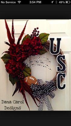 Must make a Flour Bluff football wreath!