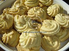 Greek Food Recipes and Reflections, Toronto, Ontario, Canada - Greek Almond Biscuits. Greek Sweets, Greek Desserts, Greek Recipes, Almond Recipes, Greek Cookies, Almond Cookies, Amaretti Cookies, Cherry Cookies, Baby Cookies