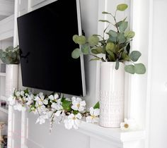 Decorate your mantle in farmhouse style with this simple spring farmhouse mantle! The classic neutral colors and simple design make for a beautiful mantle! Tv Decor, Farmhouse Decor, Decor, Front Porch Decorating, Farmhouse Chic, Spring Decor, Living Room Mantle, Spring Home Decor, Fireplace Mantle Decor