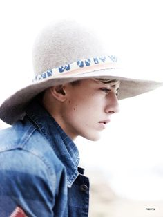 ISSUE #16 LUCKY BLUE SMITH (IT Post Magazine)