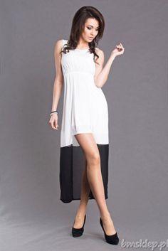 Zwiewna sukienka z lamówką na dole... #Sukienki - http://bmsklep.pl/emamoda-sukienka-bialy-6102-1