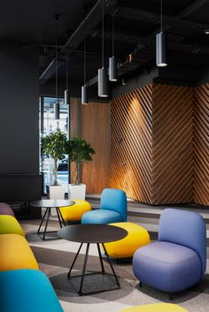 What a creative workspace? Learn awesome ideas… – Executive Home Office Design Modern Office Design, Office Interior Design, Office Interiors, Modern Decor, Workspace Design, Office Workspace, Office Decor, Decorating Office, Office Ideas