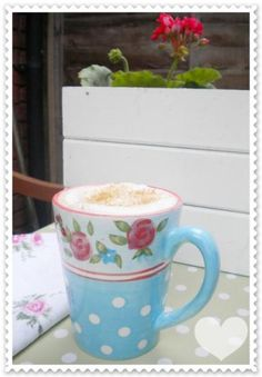 My favourite mug in the garden! Again the mix of polkadots and flowers...