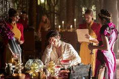 "THE MAGICIANS -- ""The Girl Who Told Time"" Episode 210 -- Pictured: (l-r) Hale Appleman as Eliot, Summer Bishil as Margo -- (Photo by: Eike Schroter/Syfy)"