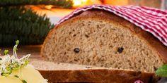 Vørterbrød - Denne oppskriften gir to til tre brød. Banana Bread, Baking, Desserts, Food, Tailgate Desserts, Deserts, Bakken, Essen, Postres