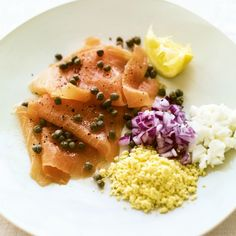 Smoked salmon with Capers, Onion and Egg recipe