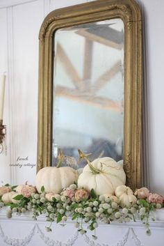 Easy Fall Decorating Tips for Your Home Fall House Tour 2017 and 5 Easy Farmhouse Decorating Ideas - Thistlewood Farm Modern French Country, French Country Cottage, Country Farmhouse Decor, French Country Decorating, Country Homes, Southern Homes, Country Style, French Country Mantle, Country Cottages
