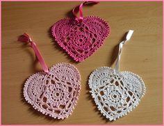 + diagrama, crochet heart motifs