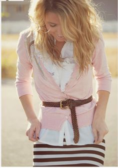 This is so beautiful.  This picture and outfit is perfection!<3