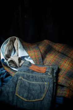ethandesu:    The beauty of a winter wardrobe - dressing casually but well.  Ring Jacket A/W '12 'Moon Jersey' Tweed  Armoury Denim  Liverano & Liverano Camicie and Bandanna