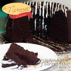 Linha Cafeteria Di Norma!! Bolo de Chocolate: Bolo de chocolate com deliciosa calda de chocolate meio amargo. #love #DiNorma #curta #siga e #compartilhe