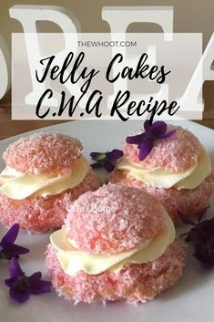Köstliche Desserts, Delicious Desserts, Dessert Recipes, Fluff Desserts, Cupcake Recipes, Pavlova, Fun Baking Recipes, Sweet Recipes, Jelly Cake