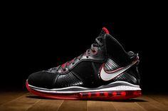 9b60ea4f785 History of LeBron James  signature shoes. Nike ...