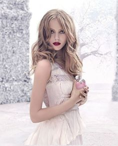"NINA RICCI ""NINA L'EAU"" Fragrance (Ad Campaign edit) Model: Frida Gustavsson Photographer: Eugenio Recuenco"
